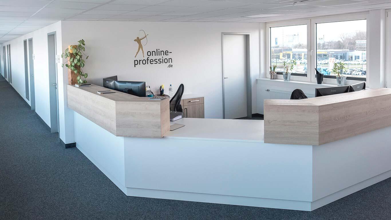 Eingangsbereich der Online-Profession GmbH