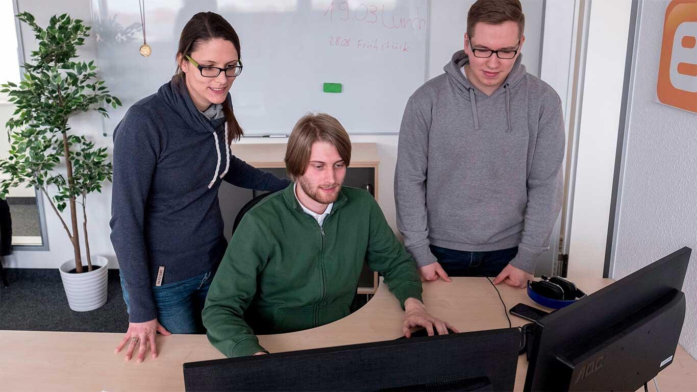 Webentwickler arbeiten mit Oxid