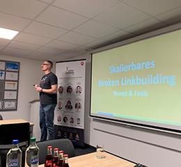 Matthias Kampmann auf dem 15. Münsteraner Online Marketing Meetup